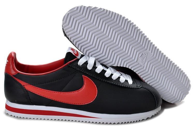 quality design 98790 a0ed1 Nike Classic Cortez Nylon Schwarz Rot Premium-sneakers für Herren