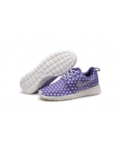Nike Roshe Run Triangles Lila / Weiß für damen Trainer