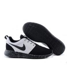 Nike Roshe Run Schwarz / Weiß schuhe