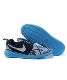 Nike Roshe Run sneakers Lovers Schwarz / Weiß / Hellhimmelblau