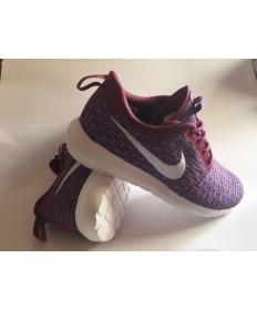 Nike Flyknit Roshe Run Trainer sneakers Maroon braun / Deep blau / Weiß für damen
