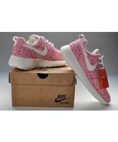 Nike Roshe Run Rosa / Weiß damen Trainersneakers