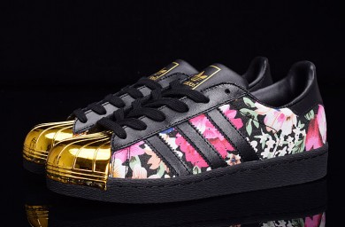 Adidas Superstar 80er Metal Toe schwarz / gold / Blumen muster sneakers