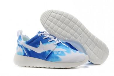 Nike Roshe Run Blauer Himmel / Weiße sneakers